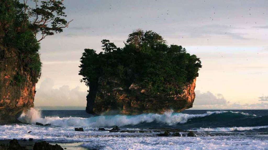 Karang Bokor By Wisata ID Sawarna Net