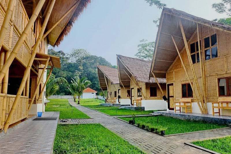 Sawarna Paradiso